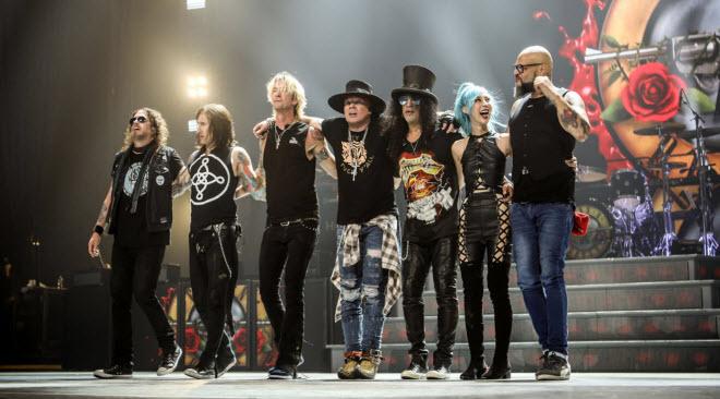 Guns N' Roses a 20 de maio 2020 no Passeio Marítimo de Algés