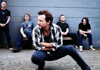 """""""Deep"""" : Pearl Jam mergulha em seus arquivos"""
